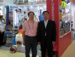 李总与中国机电进出口商会会长在广交会上