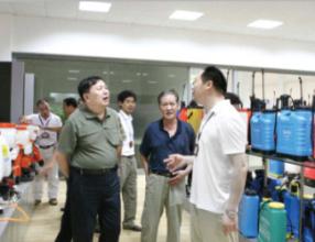 中国工业联合会领导在市下考察